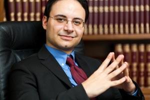 """מדוע יש להיעזר בעורך דין מקרקעין בעסקאות נדל""""ן"""