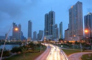 """השקעות נדל""""ן בפנמה - קו הרקיע של פנמה סיטי"""