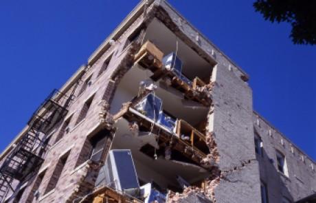 חיזוק בניינים נגד רעידות אדמה